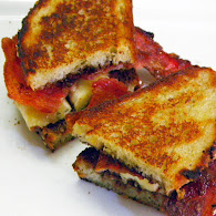 Michael Symon's Grilled Banana, Bacon, Chocolate and Hazelnut Sandwich 10.7.11