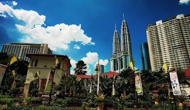 Tourist centre overlooking KLCC