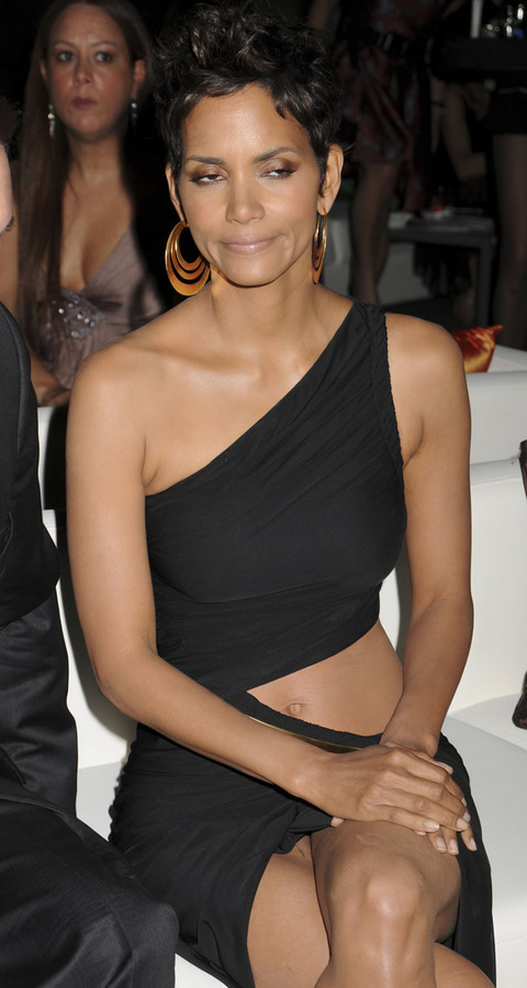 Halle Berry Dresses More Hairstyles