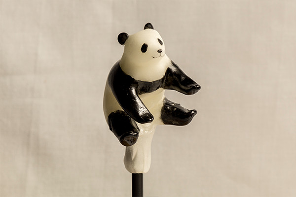 19-Panda-Ame-shin-Amezaiku-Japanese-Art-of-Candy-Animal-Sculptures-www-designstack-co