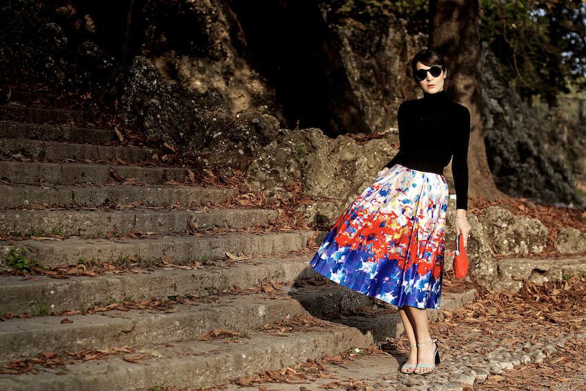 irene buffa milano wearing a resort collection 2015 skirt , gonna stampata a ruota colorata