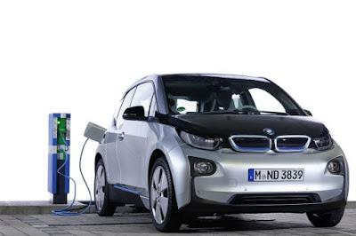 Η BMW i στο προσκήνιο των παγκόσμιων πιλοτικών προγραμμάτων υποδομών EV