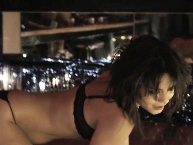 Strip Tease De Vanessa Hudgens Em Seu Novo Filme