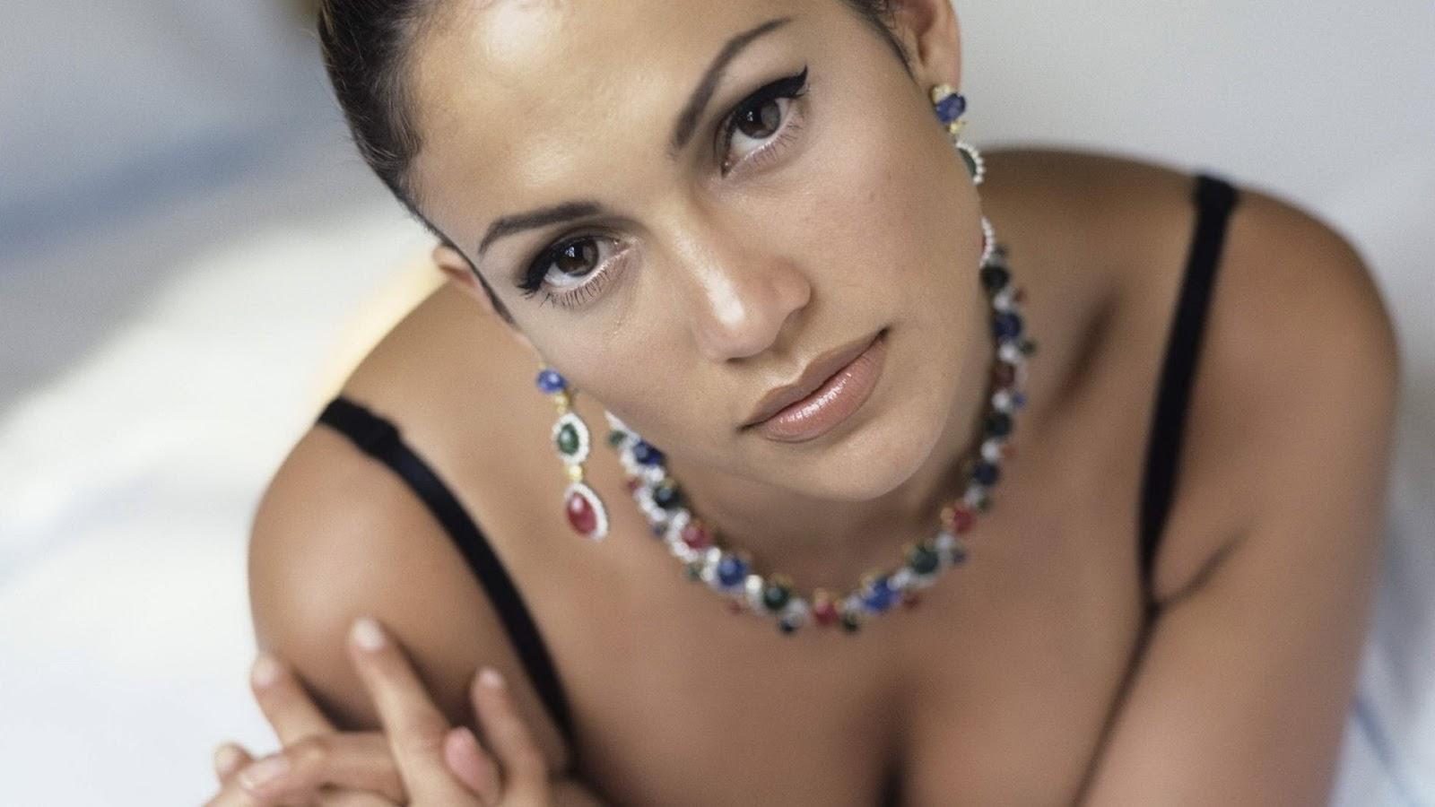 http://4.bp.blogspot.com/--y8im7teRnQ/T456t_SnB3I/AAAAAAAAB4Q/h4MqAEwB9vU/s1600/Jennifer-Lopez-Hot-Sexy-Hd-Wallpapers-10.jpg
