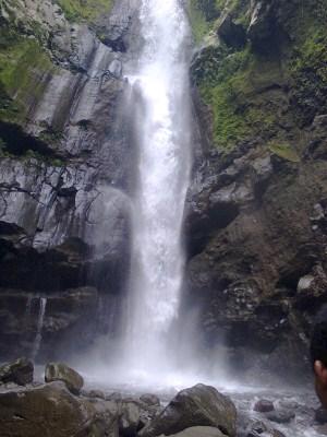 Air Terjun Kedung Kayang Di Kaki Gunung Merapi