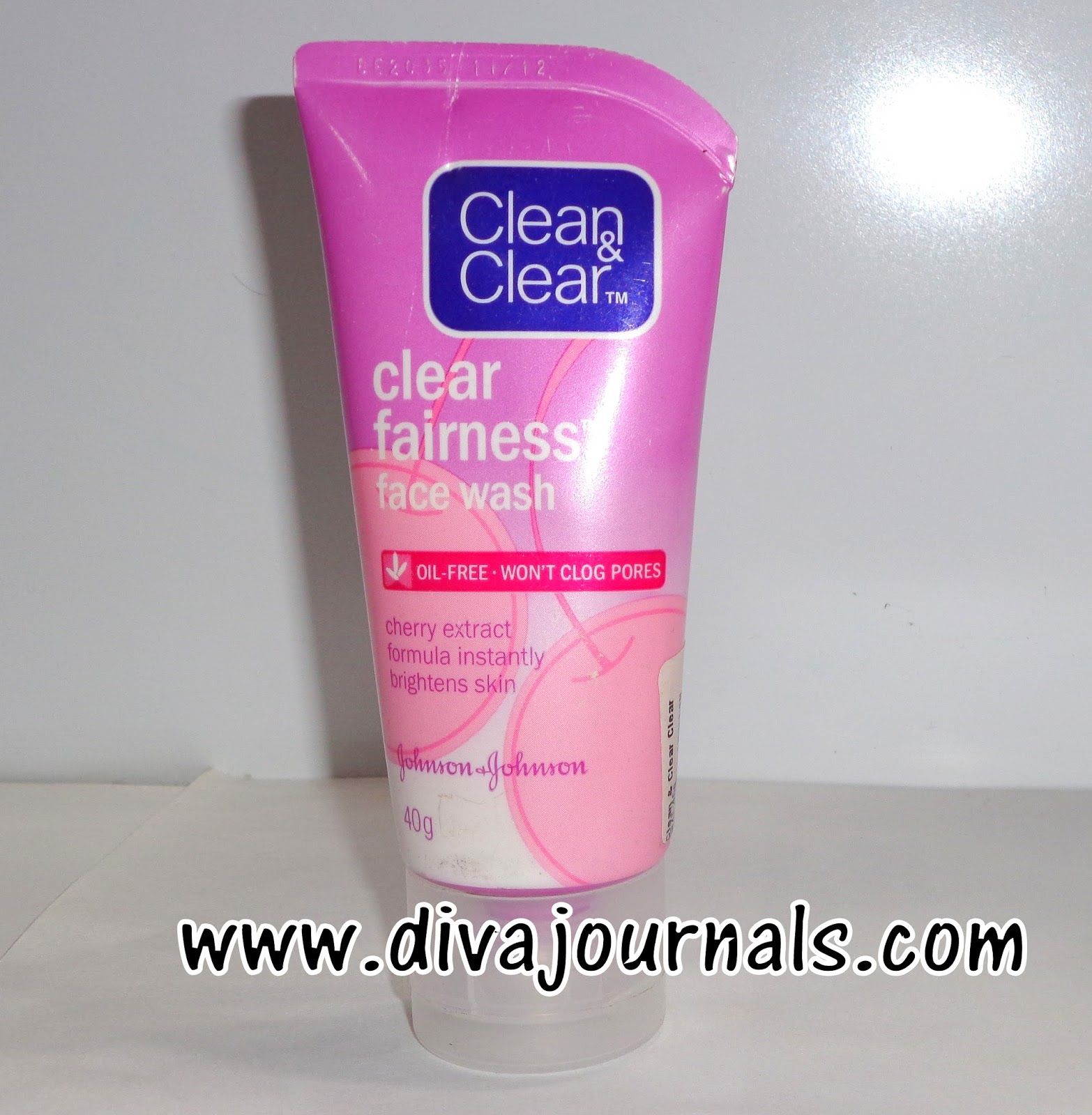 Clean & Clear Fairness Face wash Review