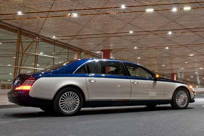maybach guard rear side view