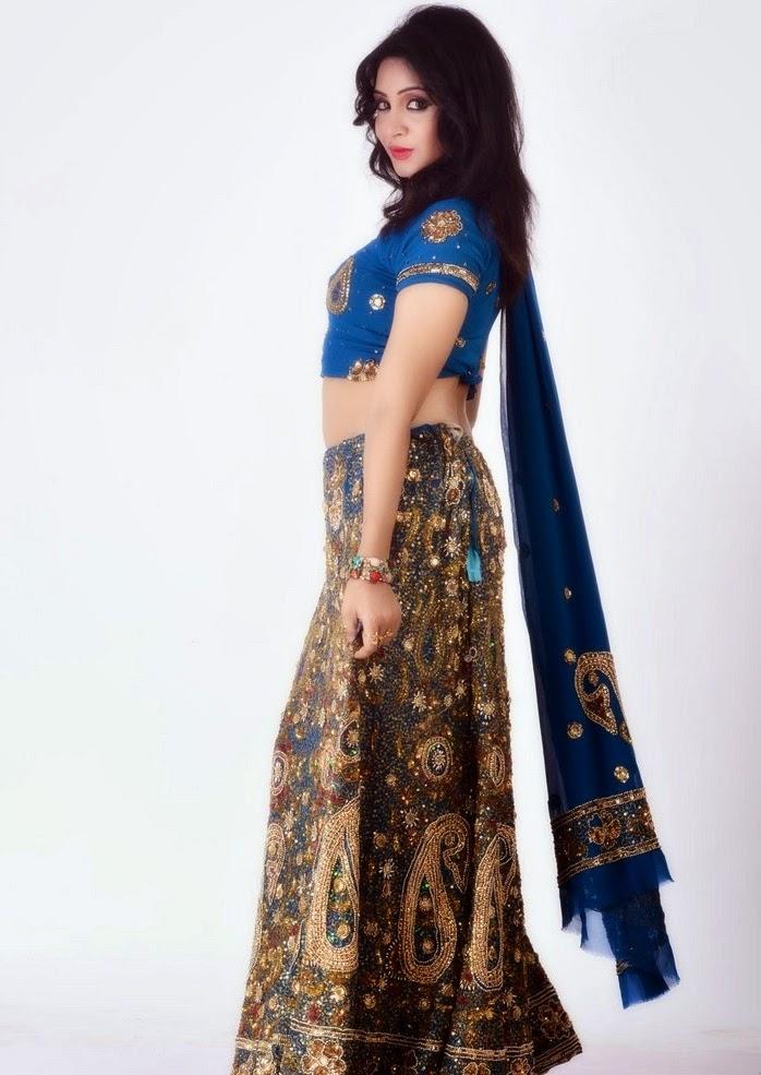 Download Arshi Khan Hot Photoshoot - Bollywood Gossip ...