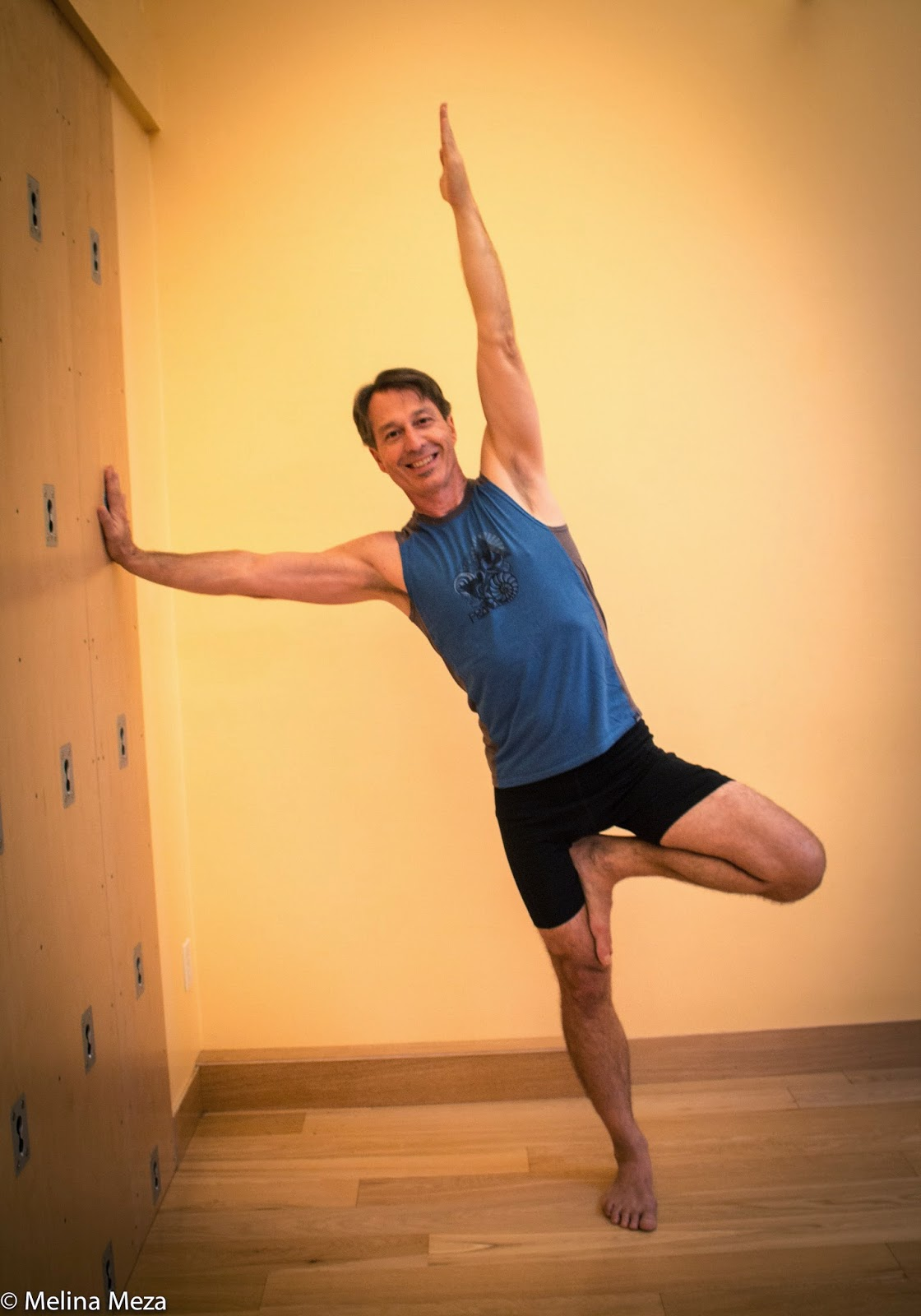 YOGA FOR HEALTHY AGING: Featured Pose: Side Plank Pose ...