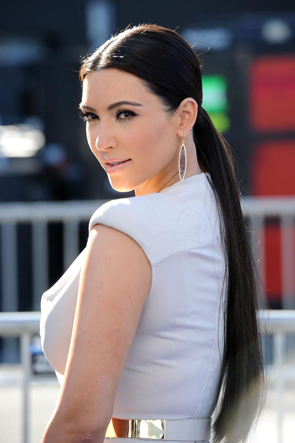 Kim Kardashian Black Ponytail Hairstyles 02