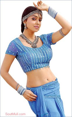 Sexclusive Stills: Supriya Shailja Beautiful in Saree