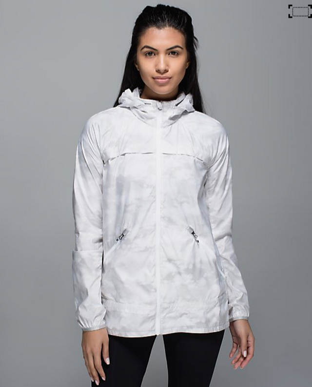 http://www.anrdoezrs.net/links/7680158/type/dlg/http://shop.lululemon.com/products/clothes-accessories/women-outerwear/Miss-Misty-II-Jacket?cc=17407&skuId=3602158&catId=women-outerwear