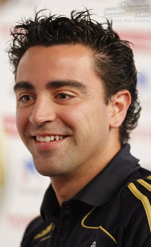 xavi hernandez best football player profile bio images  xavi hernandez 2011 best football player profile bio images xavi hernandez