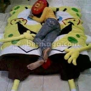 gambar kasur anak berkarakter spongebob