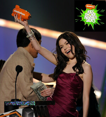 Miranda Cosgrove Thanks KCA 2013 ShurKonrad
