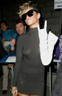Rihanna Sexy Tits And Hot Ass In See Through Dress Hard Nipple At Martin Margiela Fashion Show