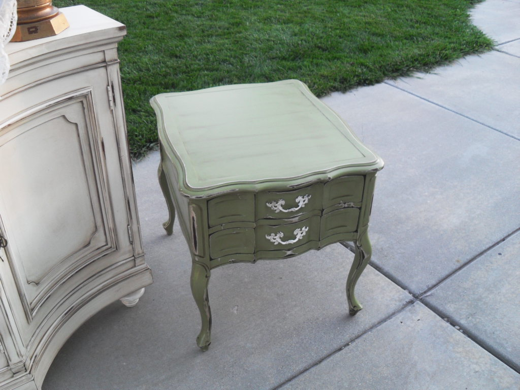 French Garden Treasures End Table $100