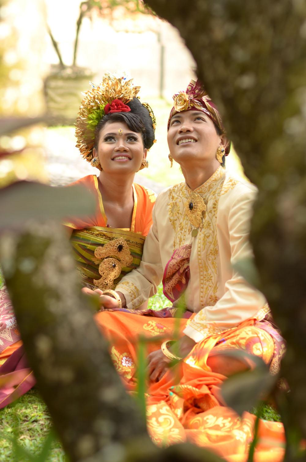 Ardi Yuli Wedding Pre Wedding Adat Bali, ardi yuli wedding pre wedding ...