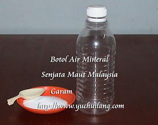 Garam dan Botol Air Mineral
