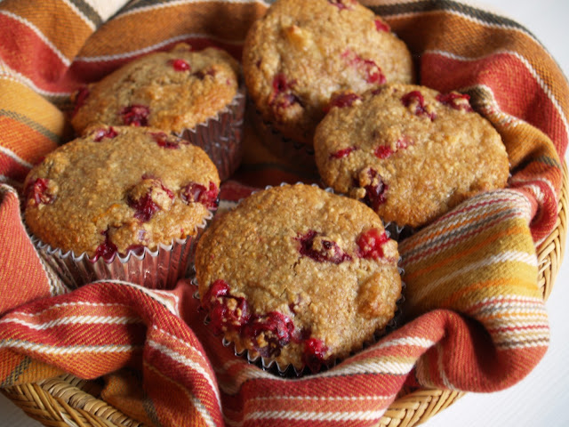 Persimmon and Peach: Cranberry Apple Oat Bran Muffins