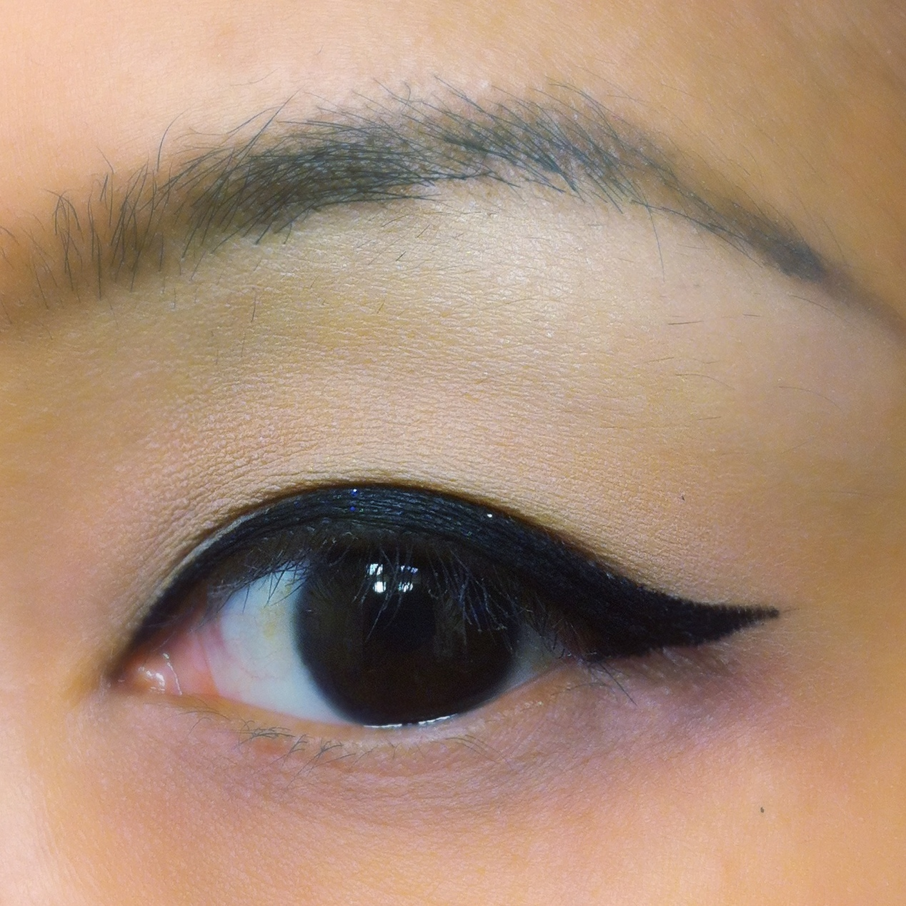 Style By Cat: Winged Liner Technique