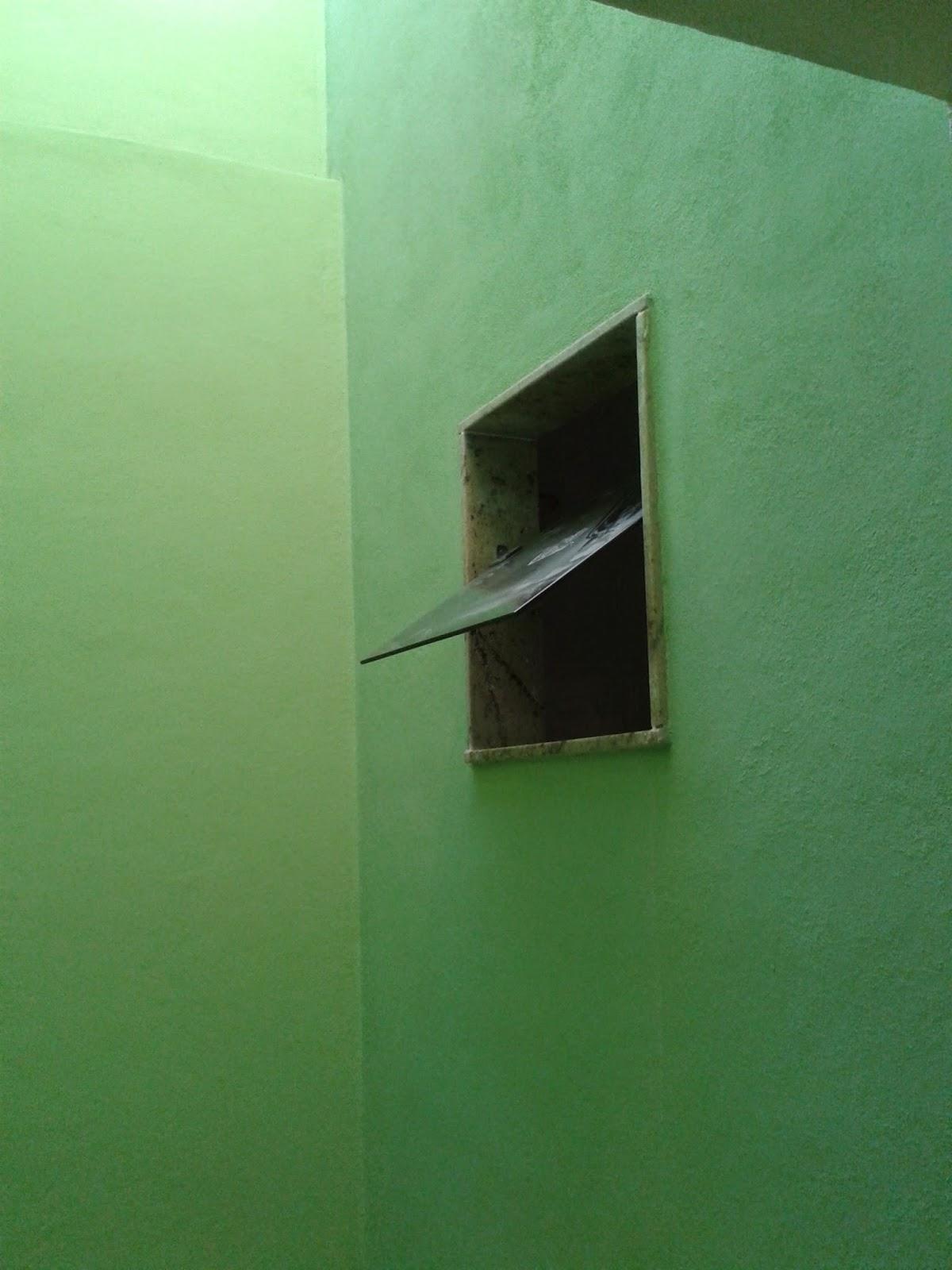 acabamento das janelas dos banheiros e da janela da cozinha  #13B813 1200x1600 Acabamento Janela Banheiro