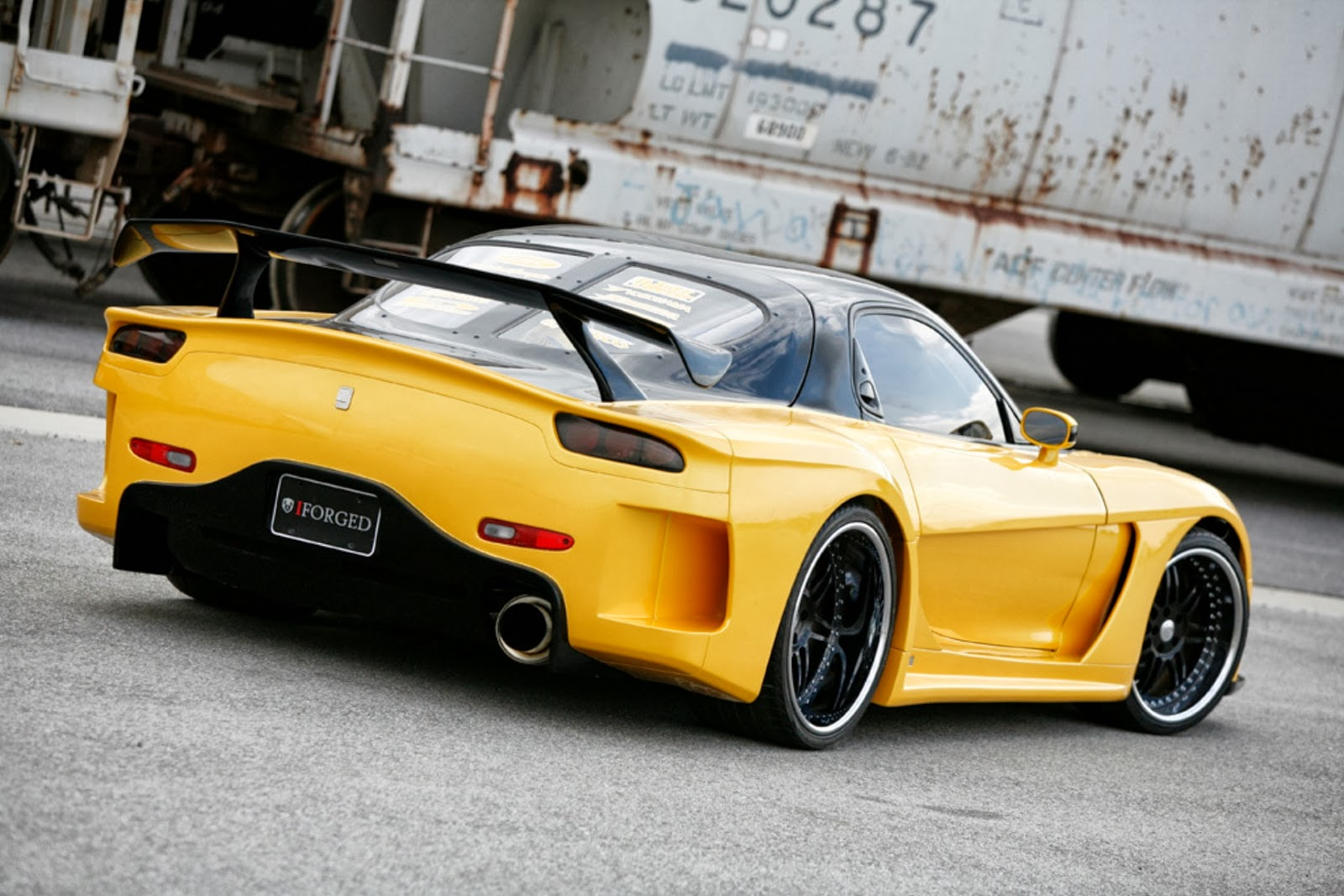 Modified Cars +: VeilSide Mazda iForged RX7 1993