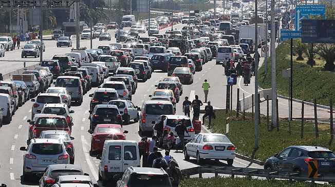 Chile: un turista murió por una protesta contra Uber y Cabify