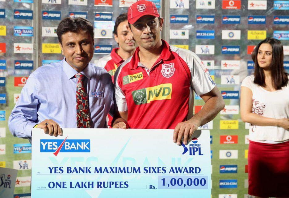 Azhar-Mahmood-maximum-sixes-KXIP-vs-MI-IPL-2013