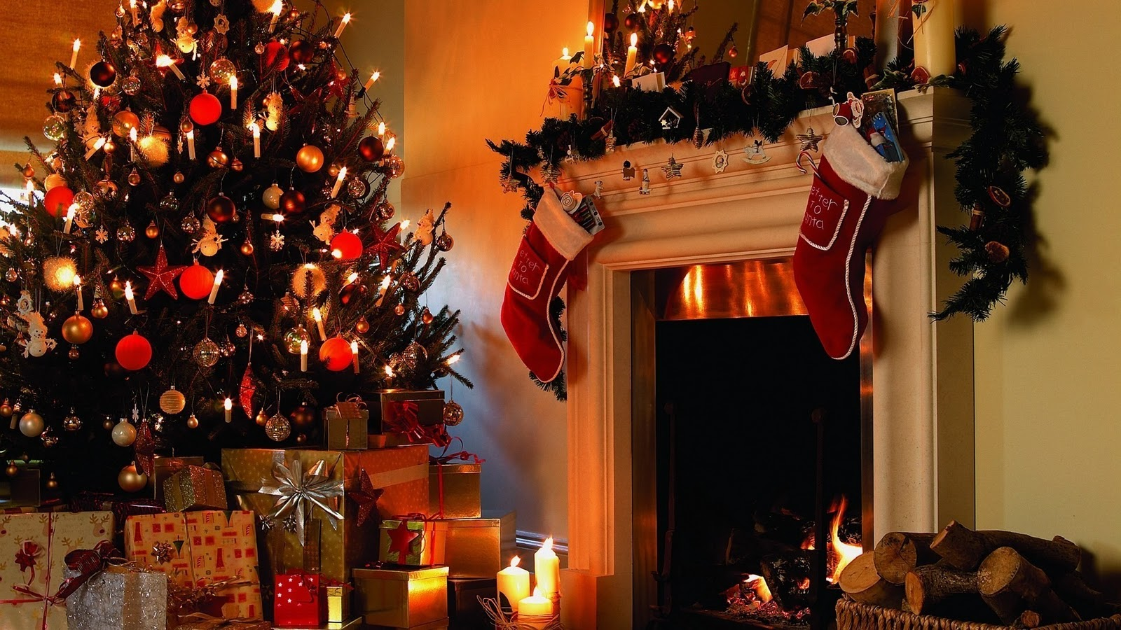 christmas tree and fireplace wallpaper christmas tree nature wallpaper green merry christmas wallpaper free christmas desktop free animated christmas - Free Christmas Desktop Backgrounds