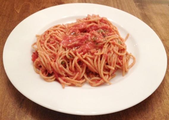 Scarpetta's Spaghetti With Fresh Tomato Sauce And Garlic Basil Olive ...