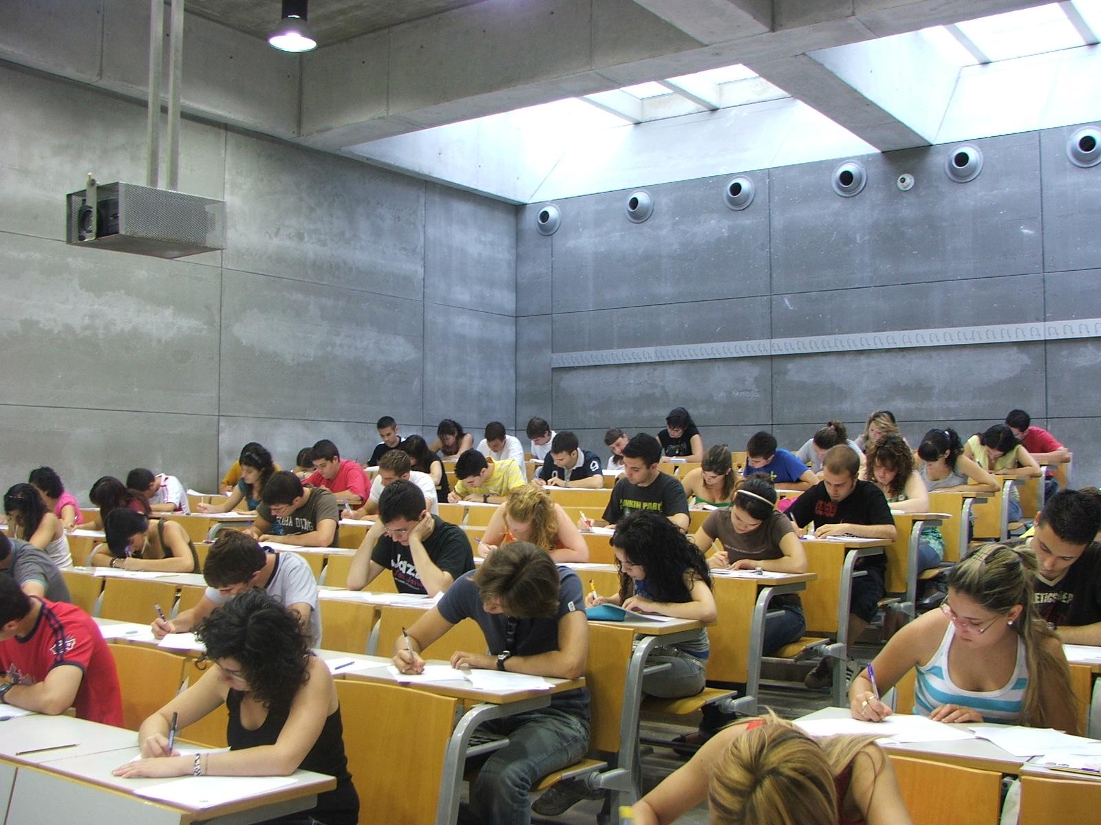 Los estudiantes espa�oles y marroqu�es