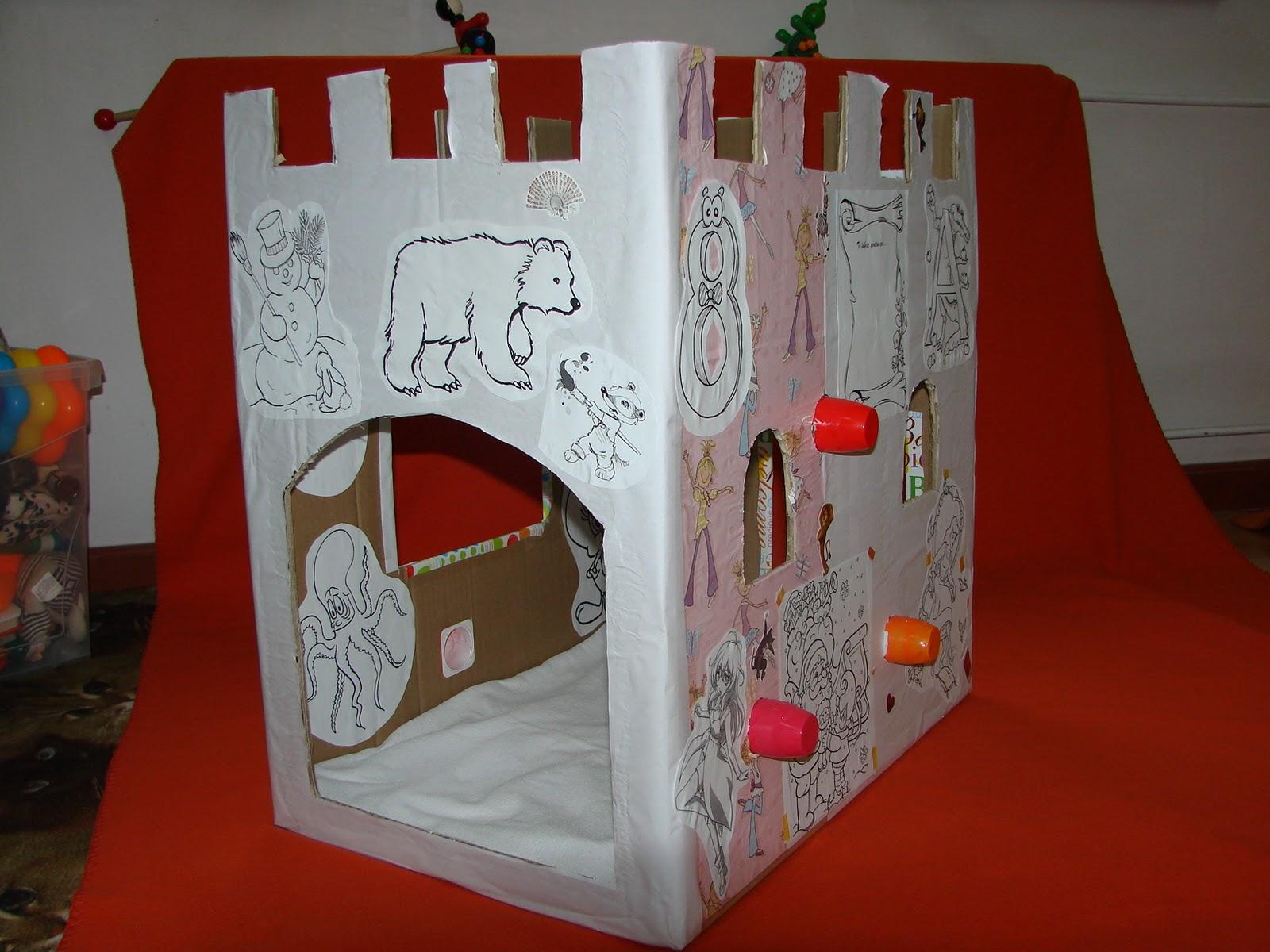 hand home made bydina castel din carton simplu ingenios. Black Bedroom Furniture Sets. Home Design Ideas