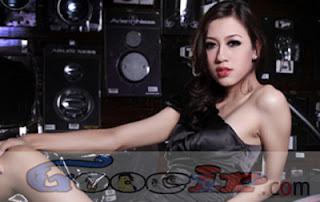 Kumpulan poto hot artis indonesia terbaru 2013