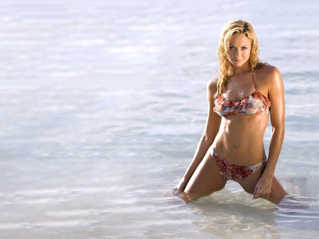 Colleen rooney bikini