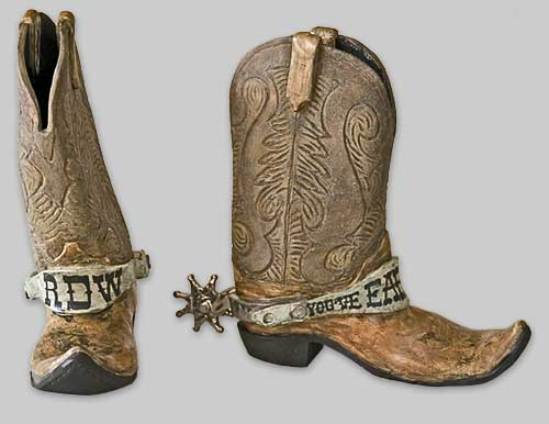 Similiar Old Cowboy Boots With Spurs Keywords