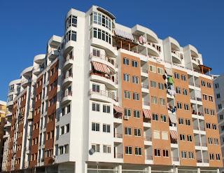 In Albania belle case ma nessuno le compra neanche a 10 mila euro.