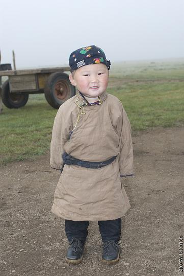 mongol+kids+2006-09-03_13-46-11-3.jpg