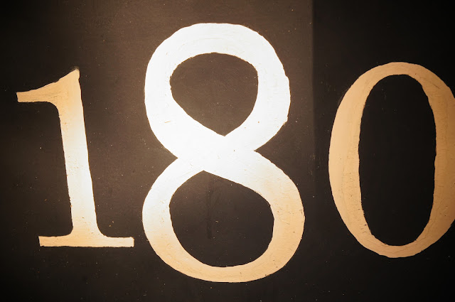 picture of house number 180