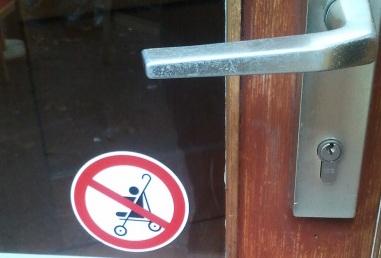 Keine Kinderwagen