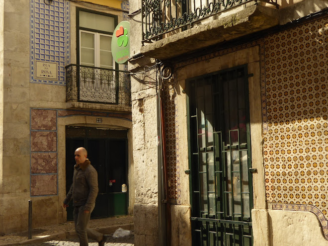 Old Street Lisbon