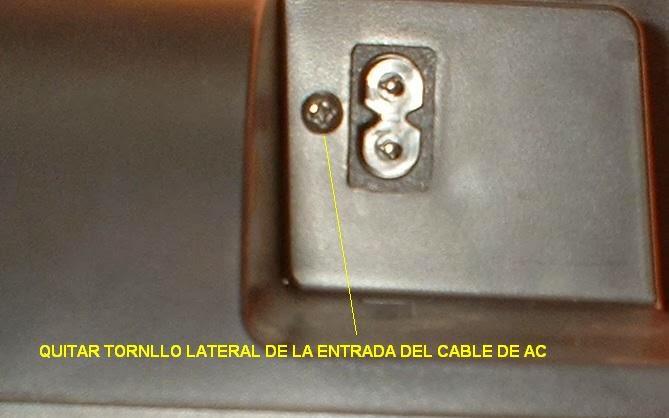 quitar tornillo de la entrada de AC del componente de audio panasonic sc-hc27