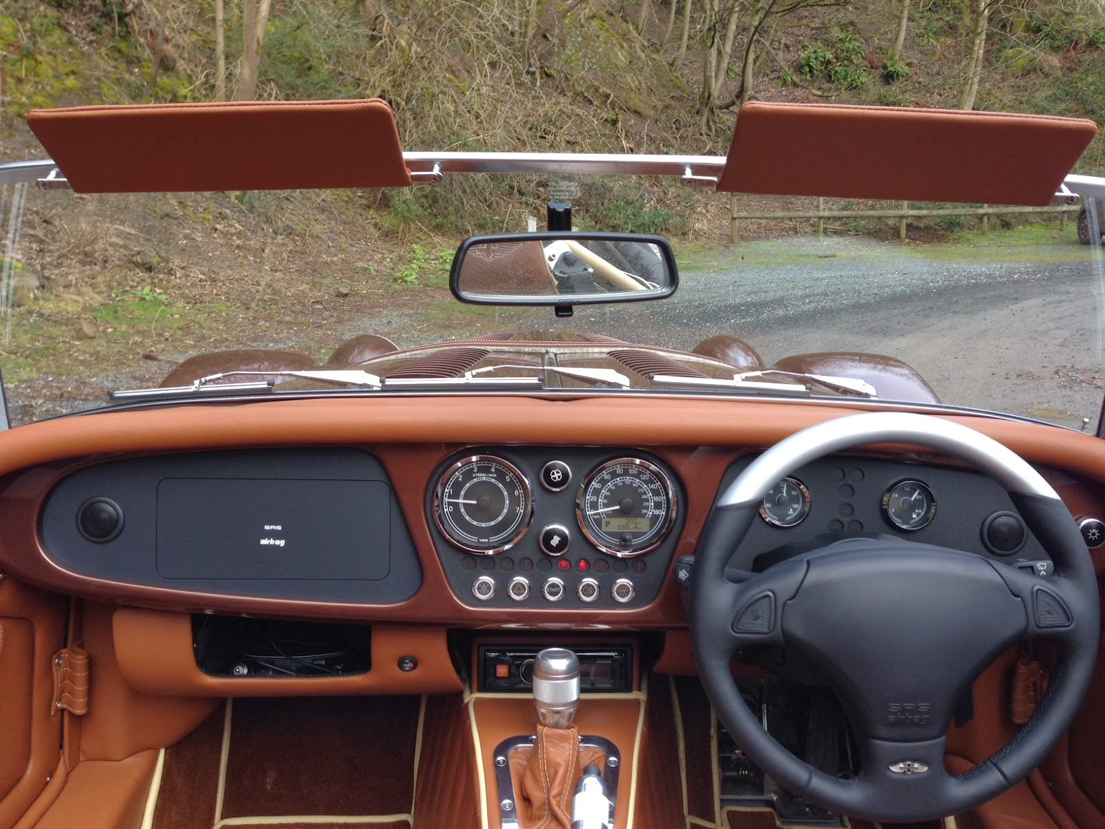 2014 Morgan Plus 8 dashboard