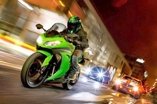 Kawasaki Ninja 300 ABS 2014
