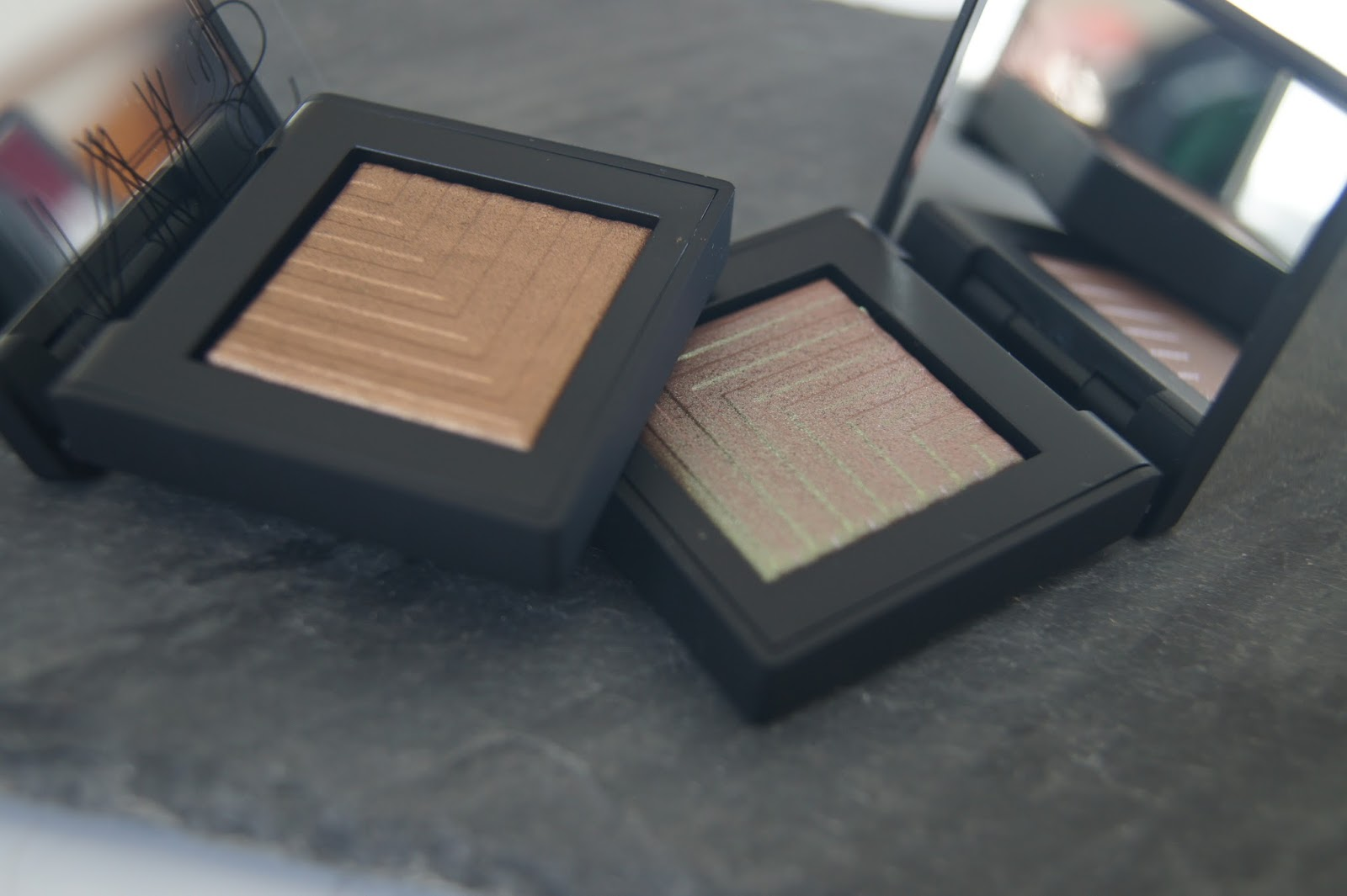 NARS Dual Intensity Eyeshadows-Pasiphae and Telesto