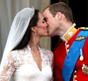 William-Kate Kiss on Royal Wedding