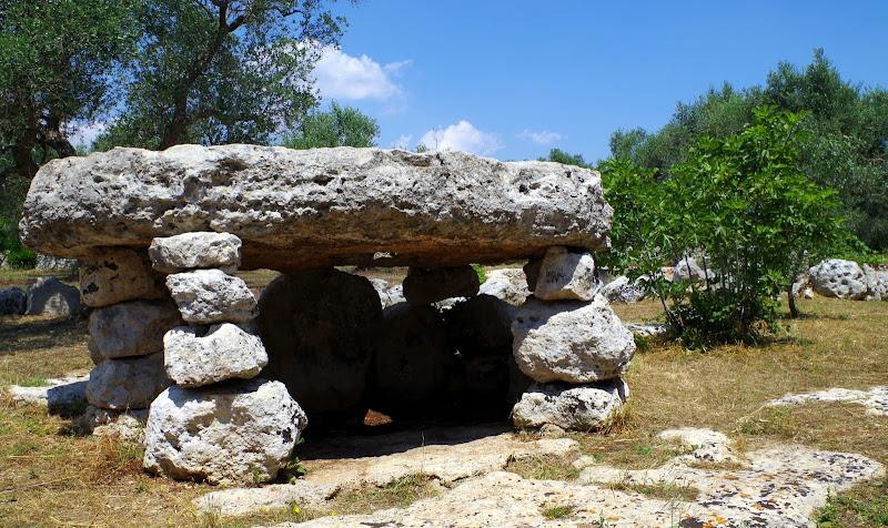 Dolmen Li Scusi bei Minervino di Lecce