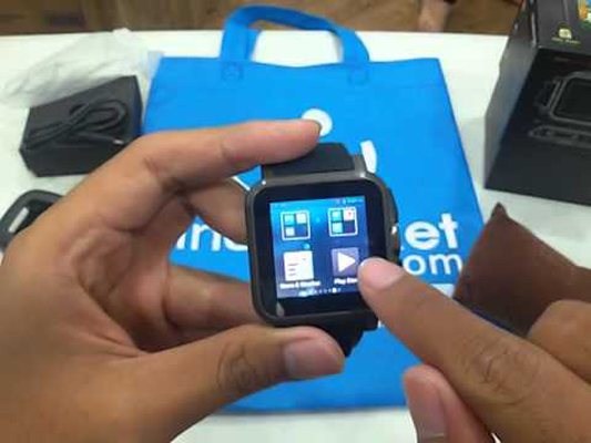 Riset: Pengapalan Smartwatch Android Wear Belum Capai 1 Juta Unit di 2014