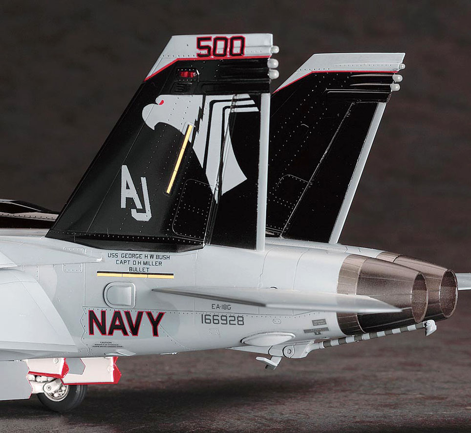 scale model news ea 18g growler from hasegawa. Black Bedroom Furniture Sets. Home Design Ideas