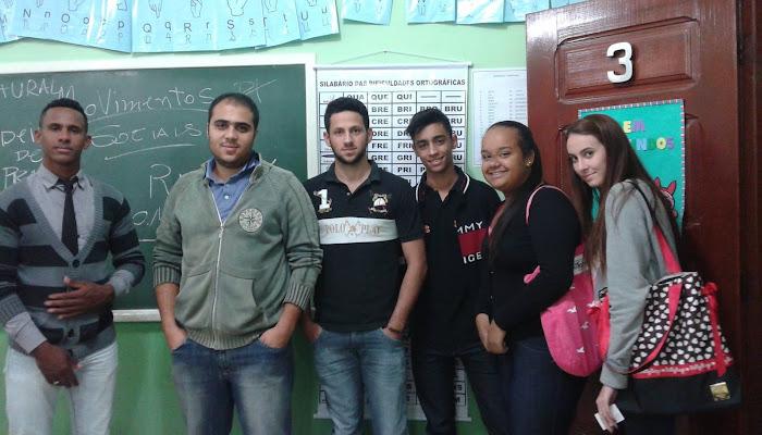 Começou o cursinho preparatório pro Exame Nacional do Ensino Médio - ENEM